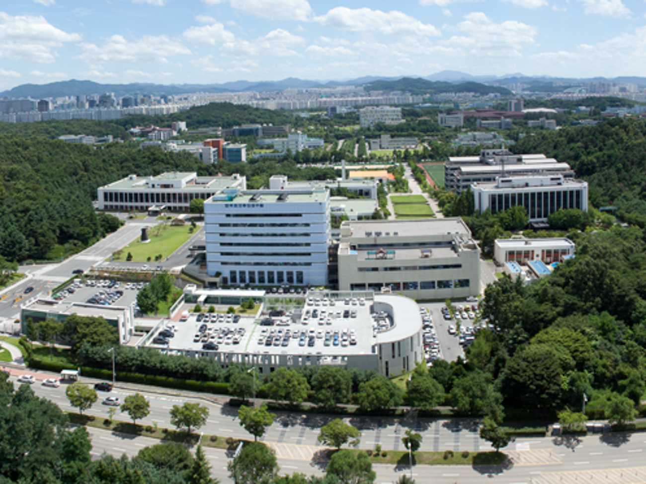 ETRI Campus Aerial Panorama